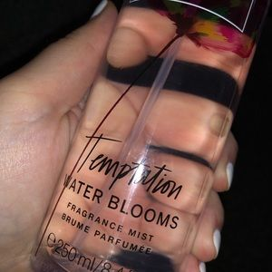 Temptation Water Bloom Body Spray